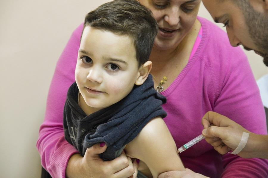 Campanha contra sarampo começa em sete pontos de vacinação de Guaíba