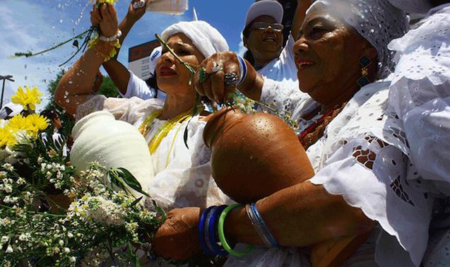 Pré-candidata à prefeitura de Guaíba é acusada de racismo religioso; ASIDRAB emite nota de repúdio