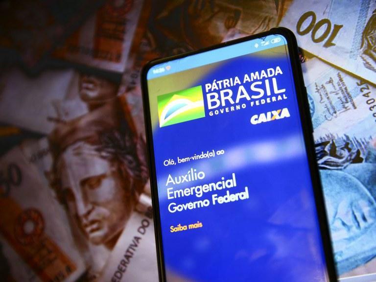 Auxílio Emergencial chega a 60% da população brasileira, diz Ministério da Cidadania