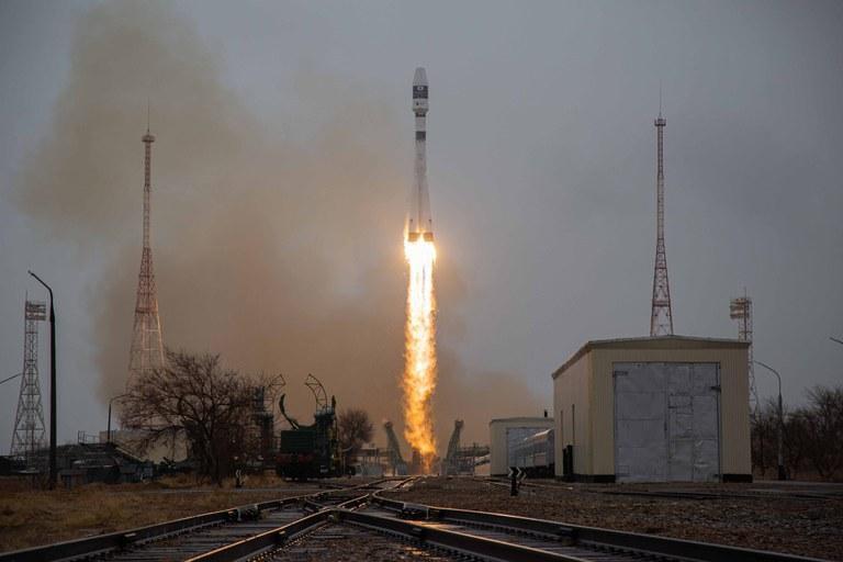 Satélite brasileiro é colocado em órbita a bordo do foguete russo Soyuz-2