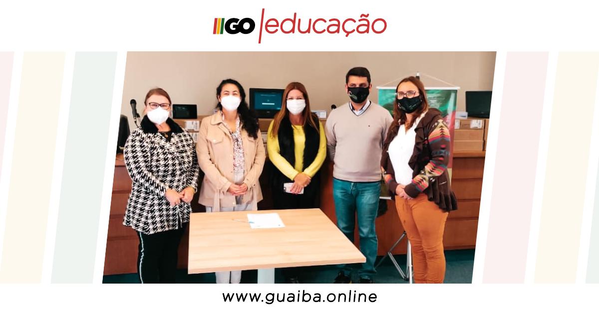CMPC Brasil doa mais de 100 tablets e notebooks para o Programa Conectados Pela Educação de Guaíba